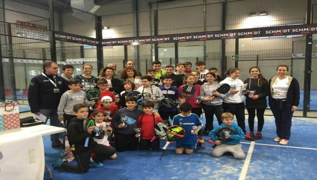 Campeones del Open de menores y veteranos de Cádiz