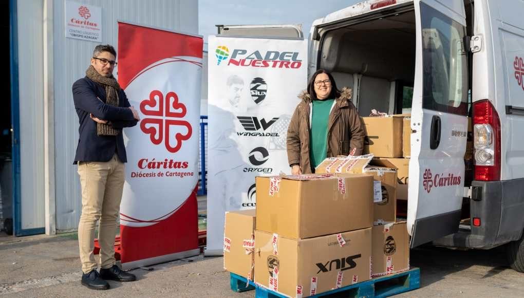 Padel Nuestro donó a Cáritas más de 1.000 prendas de ropa y zapatillas durante todo el 2018
