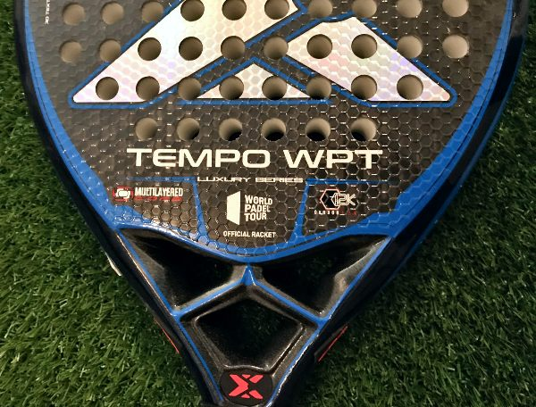 Análisis de la pala de pádel Nox TEMPO World Padel Tour Luxury Series