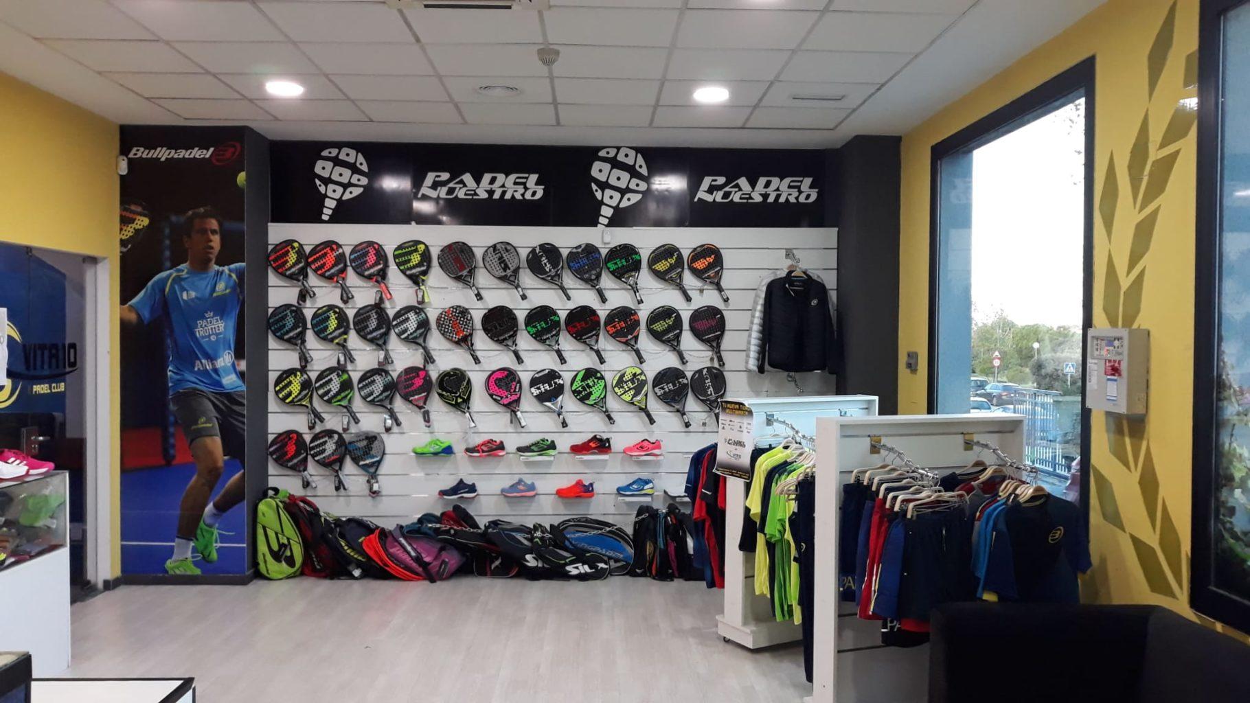 Padel Nuestro continúa su expansión nacional e internacional con la apertura de dos nuevas tiendas