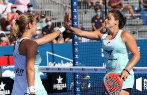 Ariana Sánchez y Paula Josemaría conquistan en el Cascais Padel Master su cuarto título de la temporada